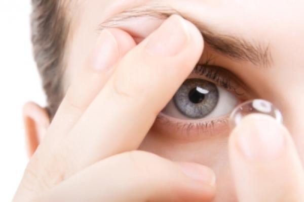 ظرف نگهداری لنز چشم