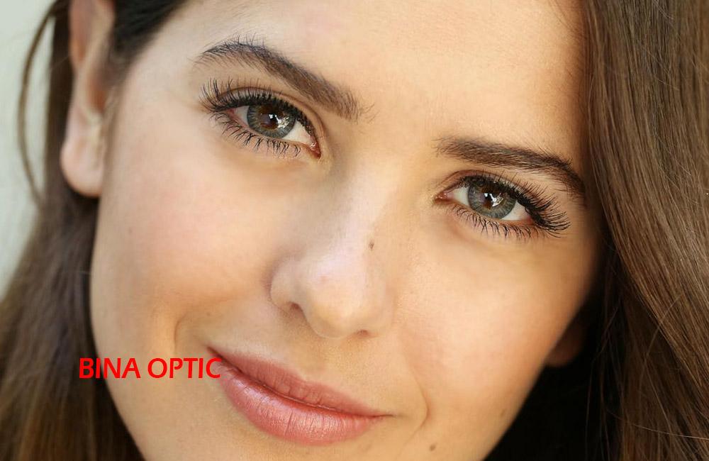 لنز طبی رنگی