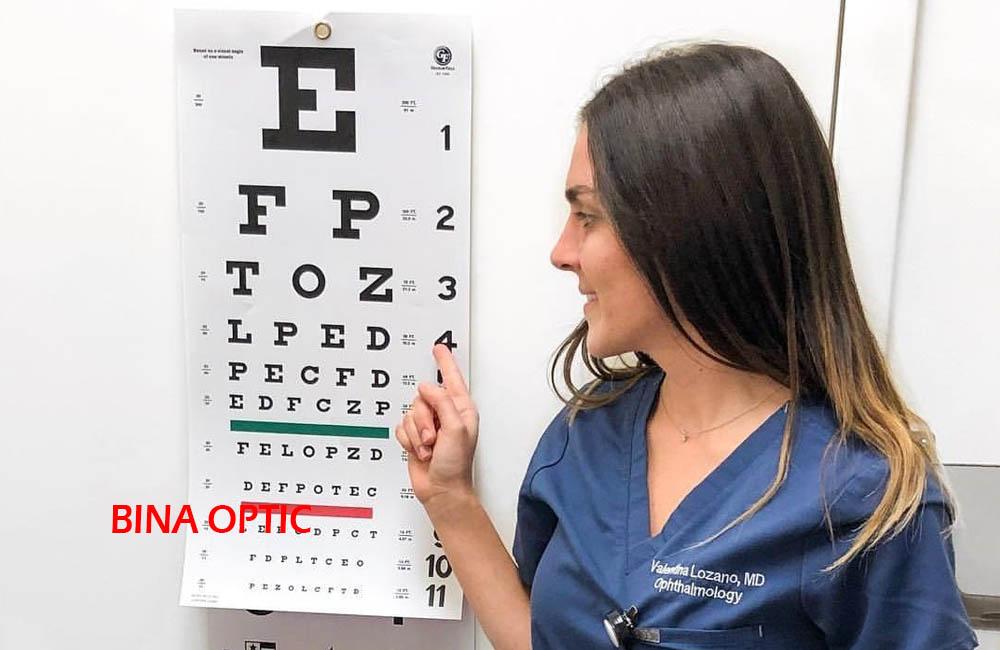 معاینه چشم 2